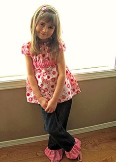 I want to do it!  I want to add ruffles to the bottom of my daughter's pants (but I am afraid of my sewing machine).