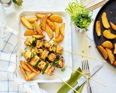 Grillezett sajtnyárs cukkinivel recept - Okoskonyha.hu Carrots, Vegetables, Food, Essen, Carrot, Vegetable Recipes, Meals, Yemek, Veggies