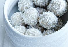 Sund julekonfekt fra alle os til alle jer Lchf, Mad, Sweets, Healthy Recipes, Sugar, Cooking, Desserts, Slik, Christmas