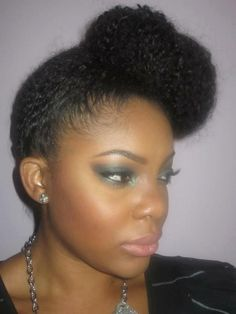High Natural Side Bun #naturalhair #inhmd @naturalhairimd on Twitter  http://www.facebook.com/nnhmd