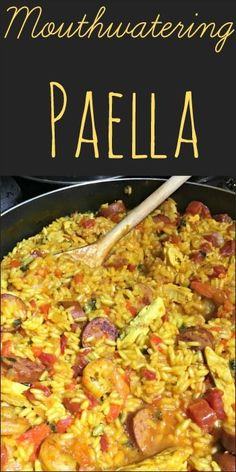 Paella and Rice Pudding. Paella is one of my favorite dishes. All of the flavors combine to make one protein-packed meal! The rice pudding was also absolutely delicous. Seafood Recipes, Mexican Food Recipes, Chicken Recipes, Cooking Recipes, Cooking Rice, Spanish Food Recipes, Recipe Chicken, Authentic Spanish Recipes, Chicken Chorizo