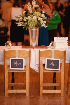 Chalkboards?! perfect for a teacher wedding!