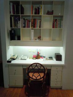 Simple and Comfortable Closet Office Design Home Office Closet, Home Office Organization, Pantry Office, Elegant Home Decor, Diy Home Decor, White Closet, Kitchen Room Design, Interior Design Tips, Design Ideas
