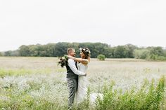 Brides: Pennsylvania Wedding at Ash Mill Farm Bed and Breakfast in Holicong: Photos by Emily Wren Photography