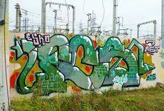 FCS BY ESKO @slyeskothatsmyname _______________________ #madstylers #graffiti #graff  #style #colorful #fcscrew #acid #sprayart #graffitiart #atscrew