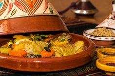 Tajine de poulet aux citrons confits et légumes au four