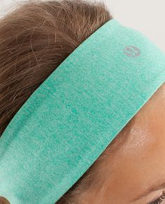 lululemon headbands are the best headbands EVER they never fall off. I HAVE A BLACK ONE IT IS PERFECT