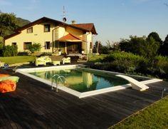 001 Vista da piscina vs casa (1024x573)