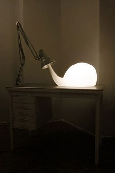 Pieke Bergmans / light bulbs