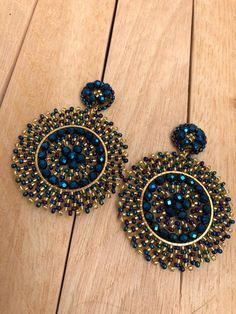 Indian Bridal Jewelry Sets, Indian Jewelry Earrings, Jewelry Design Earrings, Ear Jewelry, Cute Jewelry, Beaded Earrings, Earrings Handmade, Etsy Earrings, Antique Jewellery Designs