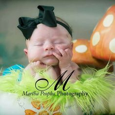 Newborn photography Martha Peoples Photography Alice in Wonderland