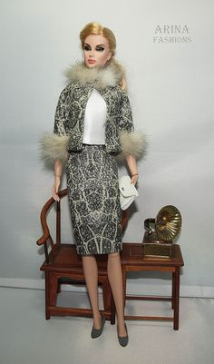 Дизайнерская одежда для коллекционных кукол в винтажном стиле