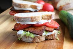 VEGAN BLT sandwich - tofu bacon is smoky, crispy and makes an exceptional BLT! Use this recipe to make a vegan version of the classic sandwich. Tofu Recipes, Bacon Recipes, Vegan Recipes Easy, Whole Food Recipes, Vegetarian Recipes, Cooking Recipes, Dinner Recipes, Vegan Lunches, Vegan Foods