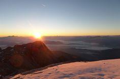 Diesen traumhaften Sonnenaufgang genießt das Team vom #Klettershop der-ausruester.de bei seiner #Klettersteig Tour auf dem Königsjodler am Hochkönig in den #Alpen