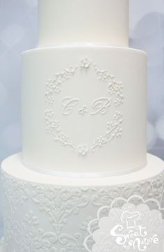 It's all in the detailing... Perfect monogram on the centre tier of this Wedding Cake. Subtle and stunning, a great way to personalise your wedding cake. | Made by Sweet by Nature, Melbourne VIC