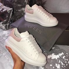 Learn how to clean white sneakers (Click in photo to watch). Alexander Mcqueen Sneakers, Alexander Shoes, Dr Shoes, Hype Shoes, Golf Shoes, Womens Fashion Sneakers, Fashion Shoes, Nike Fashion, Fashion Fashion