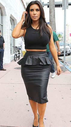 8a244befd3e6 Kim Kardashian Kim Kardashian Skirt