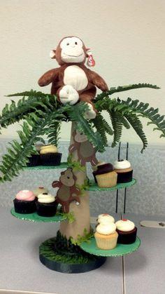Jungle Cupcake Stand