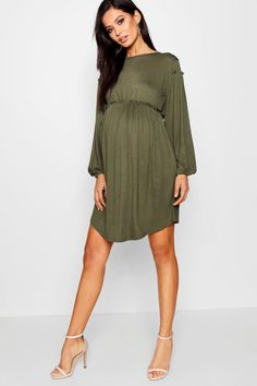 Flowy Maternity Dress, Cute Maternity Outfits, Stylish Maternity, Summer Maternity Clothes, Maternity Looks, Fall Pregnancy Outfits, Boohoo Maternity, Maternity Fashion Dresses, Summer Maternity Fashion