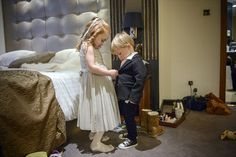 18 Best Getting Ready Photos: ring bearer and flower girl (photo by earthy photography)
