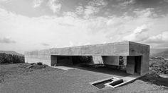 El modelo de Casa en Piedra Líquida  / SPASM Design Architects