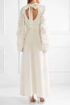 Roksanda Zariah Ruched Silk-blend Crepe And Hammered-satin Gown - Ivory #Silk#blend#Ruched