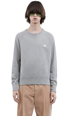 Acne Studios College face grey melange is a classic sweatshirt with a face patch on the chest. Mens Sweatshirts, French Terry, Acne Studios, Man Shop, Street Style, Mens Fashion, Pullover, Face, Casual