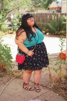 Fashion Summer Plus Size Fat Girl - Fashion Curvy Fashion Summer, Fat Girl Fashion, Chubby Fashion, Ladies Fashion, Women's Fashion, Xl Models, Curvy Models, Plus Size Fashion For Women, Plus Size Women