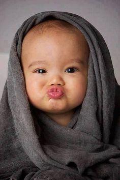 31 Ideas For Funny Baby Photography Ideas Faces So Cute Baby, Cute Kids, Adorable Babies, Precious Children, Beautiful Children, Beautiful Babies, Beautiful Gorgeous, Funny Baby Faces, Funny Baby Pictures
