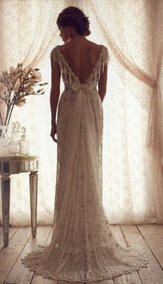 Vintage lace weeding dress with sparkle. Absolutely stunning -