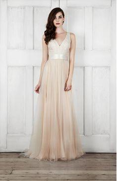 704a9ce8af 2015 Wedding Dresses  Modern   Romantic Bridal Dresses by Catherine Deane.  Panna MłodaSuknie ŚlubneSuknie ...