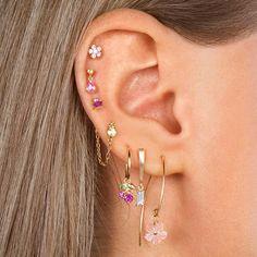 Unique Ear Piercings, Types Of Ear Piercings, Cool Piercings, Different Ear Piercings, Ear Jewelry, Cute Jewelry, Body Jewelry, Ear Peircings, Cute Earrings