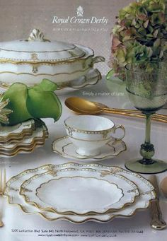 Royal Crown Derby Elizabeth