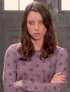 April's purple polka dot long sleeved top on Parks and Rec.  Outfit Details: http://wornontv.net/14695/ #ParksandRecreation
