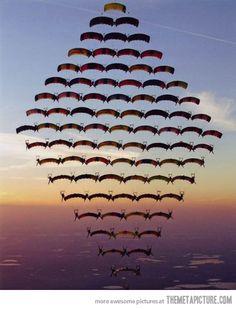 Diamond skydiving