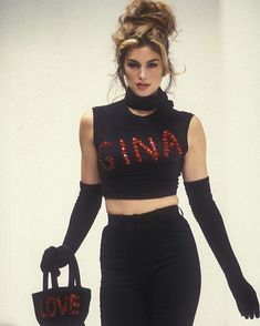 Dolce and havanna spring/dunner 1992 ❤️ 90s Fashion, Runway Fashion, Vintage Fashion, Fashion Outfits, Cindy Crawford, Original Supermodels, 1990s Supermodels, 90s Outfit, Glamour