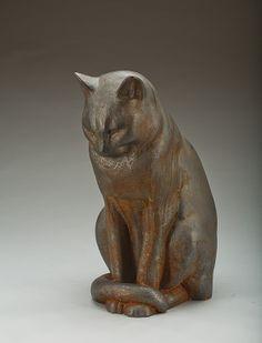 """SKULPTUR Gjutjärn, """"Jönssons katt"""", Anders Jönsson, Firma Svenskt Tenn, formgiven 1915.  Svart sittande katt. Höjd 33 cm."""