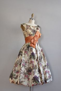 divine vintage- love the dress shape and especially the fat bow belt
