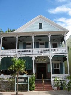 Bagatelle, Key West - Best cuban bread and best ahi tuna salad on the island!
