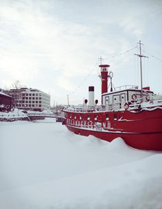 bar boat Relandesgrund in Helsinki, Finland Finland Destinations, Visit Helsinki, Bon Plan Voyage, Baltic Cruise, Beautiful Places To Visit, Winter Scenes, Wonders Of The World, Places To Go, Photos