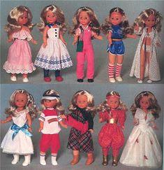 Rhett Butler, Vestidos Nancy, Toy Catalogs, Barbie, Disney Princess, Character, Vintage, Style, Doll Outfits