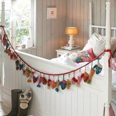 love that bedframe