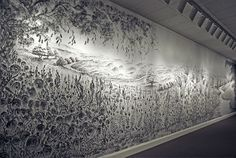 """Diamond Dust"", by Judith Braun. Painted live in the Chrysler Museum of Art, in Norfolk, Virgínia.  She used graphite dust and the point of her fingers to make these works."