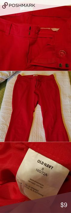 Red old navy pants Barely worn, candy apple red slacks, somewhat stretchy. Skinny tapered leg. Size 8. Great for dressing up our down. Old Navy Pants Skinny
