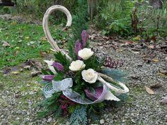 Landleben-Susanne Rose Flower Arrangements, Funeral Flowers, Flower Bouquet Wedding, Hydrangea, Christmas Diy, Diy And Crafts, Floral Wreath, Wreaths, Outdoor Decor