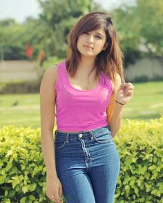 Shirley setia Hot and sexy Indian Bollywood actress deshi models very cute beautiful seducing tempting photos and wallpapers with bikini ba. Stylish Girls Photos, Stylish Girl Pic, Beautiful Bollywood Actress, Beautiful Indian Actress, Beautiful Celebrities, Beautiful Actresses, Beautiful Men, India Beauty, Asian Beauty