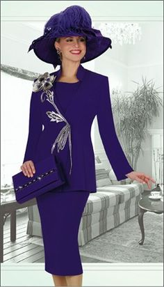 Ladies Special Occasion Suits   Womens Special Occasion Suit By Champagne Italy 3528 Feature