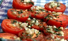 tomatsas2 Bruschetta, Lchf, Gravy, Food And Drink, Stuffed Peppers, Vegetables, Ethnic Recipes, Smoothie, Dressing