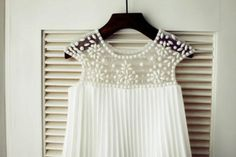 Ivory Pleated Chiffon Cap Sleeves Beaded Tulle Flower Girl Dress Children Toddler Party Dress for Wedding Junior Bridesmaid Dress