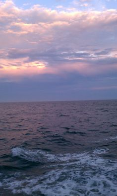 Long Island Sound Aesthetic Photography Nature, Nature Aesthetic, Travel Aesthetic, Nature Photography, Aesthetic Backgrounds, Aesthetic Iphone Wallpaper, Aesthetic Wallpapers, Sky Sea, Sea And Ocean